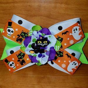 Other - 2/$20 Halloween Kitty Hairbow
